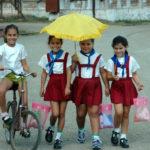 school-girls-umberella